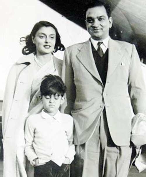 Gayatri y su familia