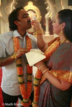 Alexandra Madhavan en el dia de su boda