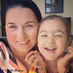 Alexandra y la pequeña Maya